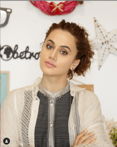 Taapsee Pannu Biography in Marathi