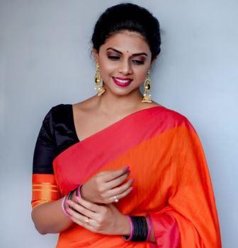 Rutuja Bagwe Biography Marathi
