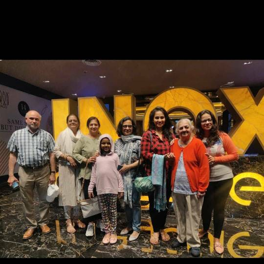 dipti ketkar family photos
