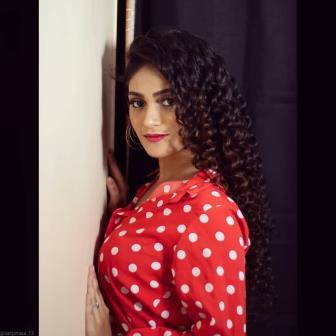 Sanjana Kale Biography Age Husband Height Birthday Birthplace School College Photo Serial Movies Drama Short Film Contact Number Facebook Instagram YouTube Wikipedia Songs Per Day Salary Income BF