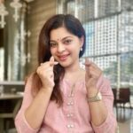Sneha Wagh Biography in Marathi Wiki Birthday Age Husband Name TV Shows Instagram Facebook Twitter Information